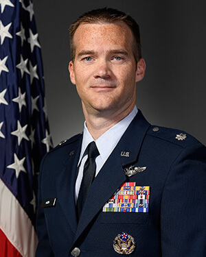 Official photo of Lt Col Atkins