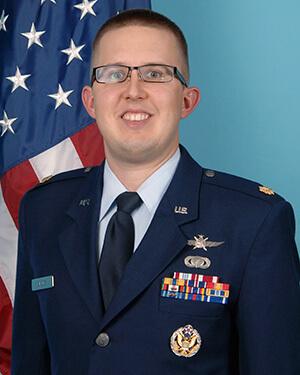 Official photo of Major Bobby Birrer