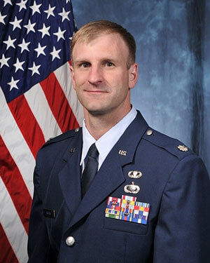 Official photo of Lt Col Brown