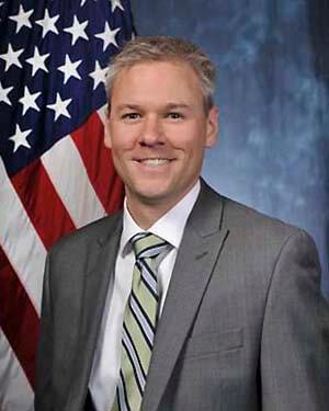 Douglas McKechnie