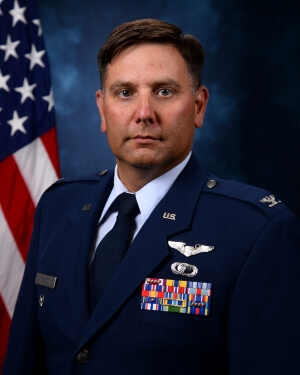 Official Photo of Colonel Daniel Finkelstein