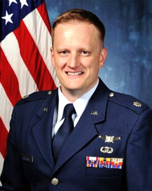 Official photo of Lt Col Carl E. Frohman
