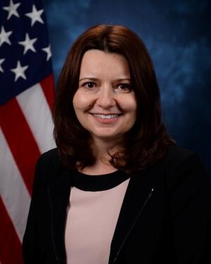 Official Photo of Dr. Florina Matu