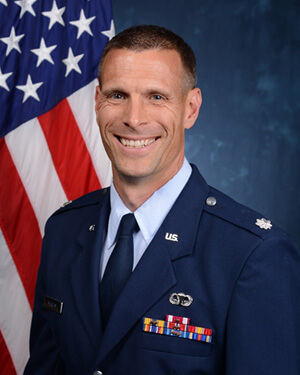 Official photo of Lt Col Murphy