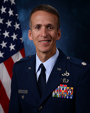 Official photo of Lt Col Stanford (DFCE)