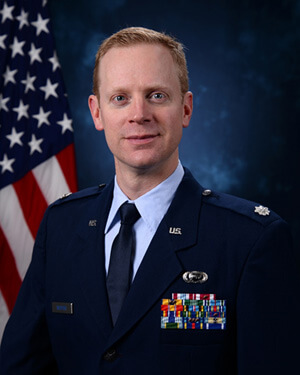 Official photo of Lt Col Richter