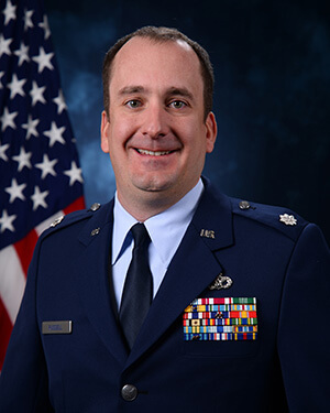Official photo of Lieutenant Colonel Mark Russell